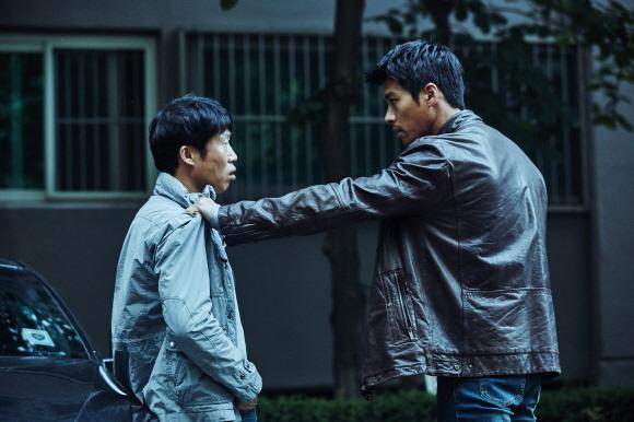 현빈·유해진 '공조'…오랜만이지만, 익숙한 영화인 이유 [영읽남의 오르되브르]