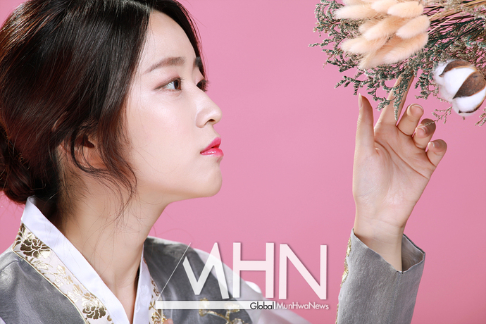[MHN추석특집] '곱디고운 한복자태' 김라라,