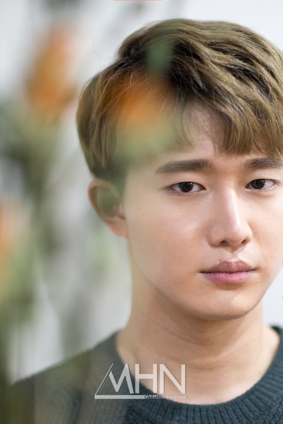 가수 해리안 '왕마이크, 입술미남'으로 불리게 된 이유